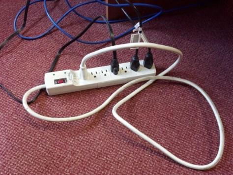 extensión de cable enchufada a la misma extension en lugar de el enchufe