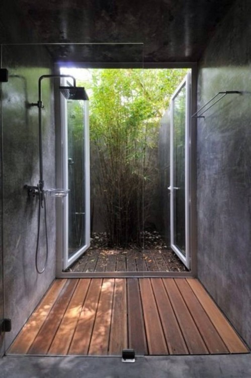 duchas con bambu al exterior