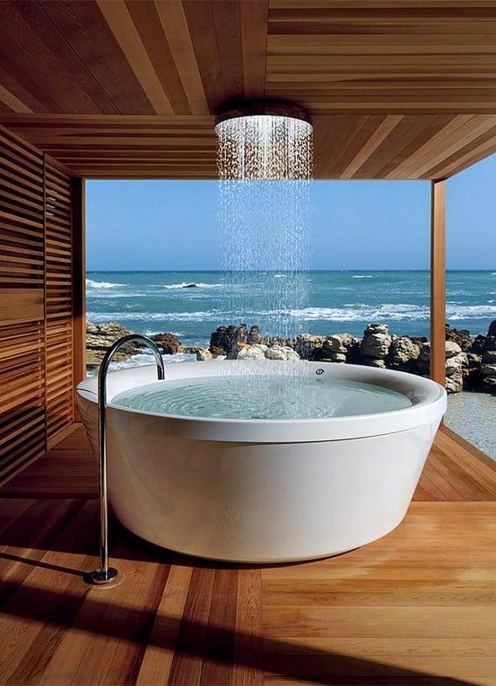Baño Publico Mas Lujoso Del Mundo:Hot Tub Shower