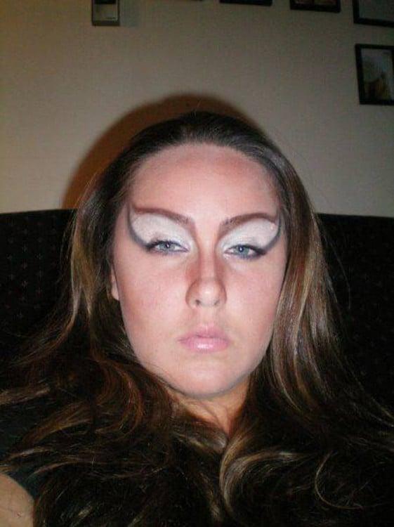epic fail del maquillaje ojos rasgados
