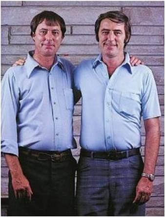 hermanos gemelos separados al nacer hacer vidas similares