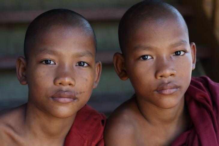 gemelos nigerianos