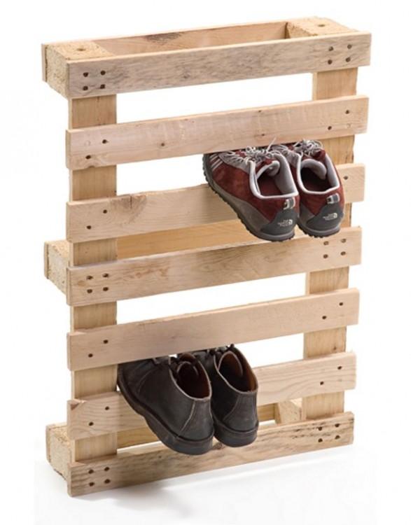 rack para detener los zapatos hecho de palets diy