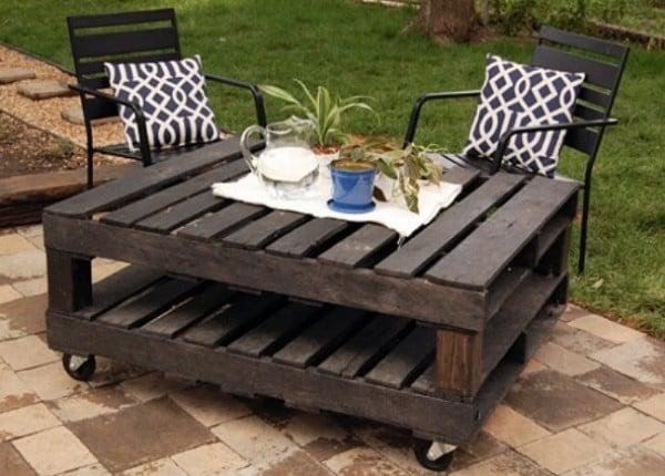 mesa de centro para exterior estilo rustica hecha con pallets diy
