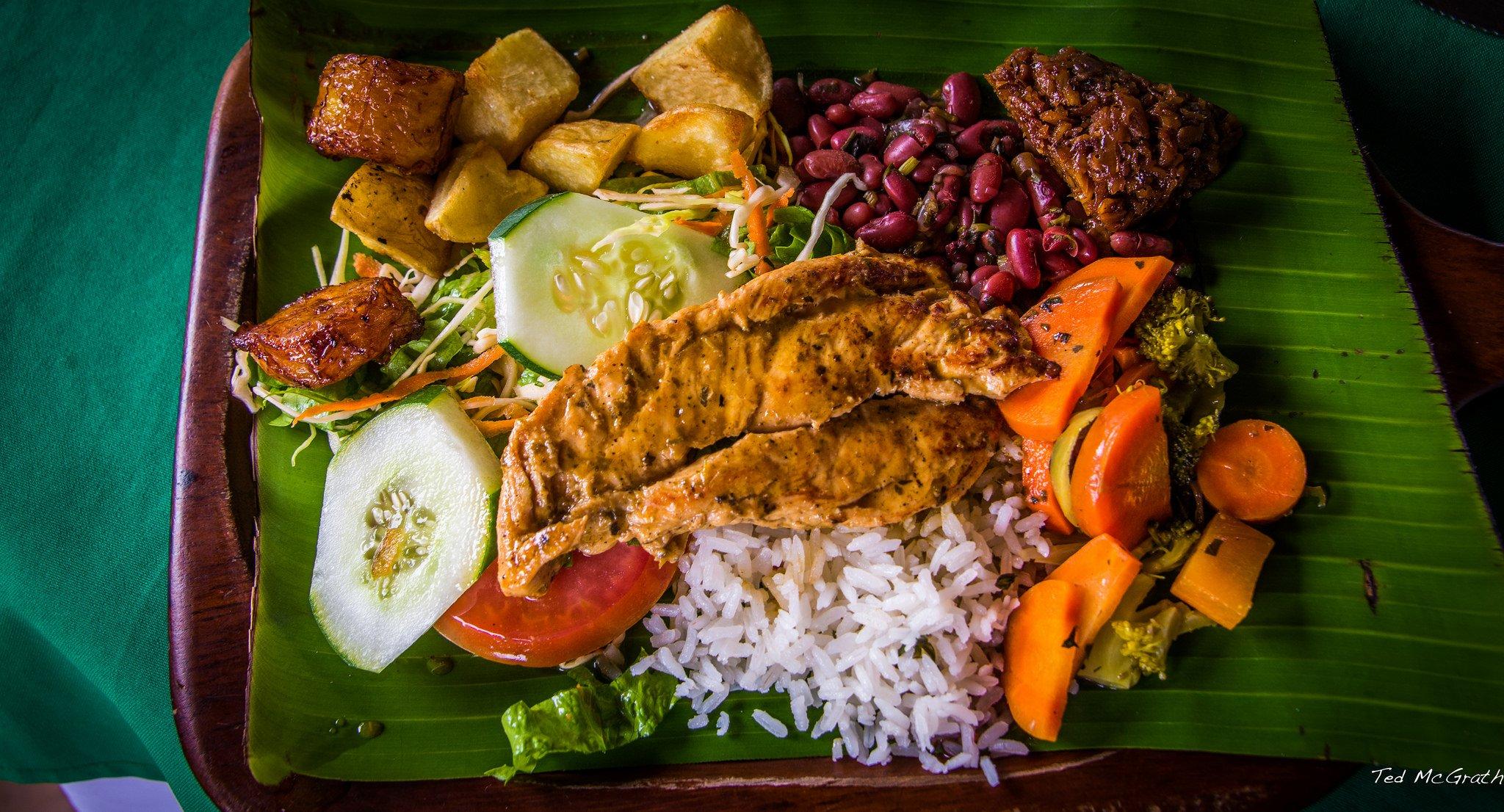 15 razones por las que nunca deber as visitar costa rica for Comida tradicional definicion