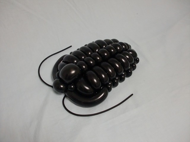 Escarabajo hecho con globos por el japonés Masayoshi