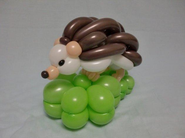 Figuras de globo en forma de erizo