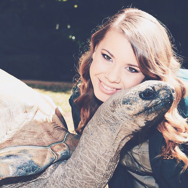 "Bindi Irwin hija del ""cazador de cocodrilos"" Steve Irwin"