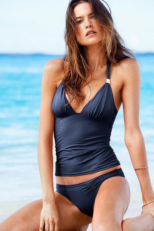 Sheridan en bikini de la marca Victoria Secret