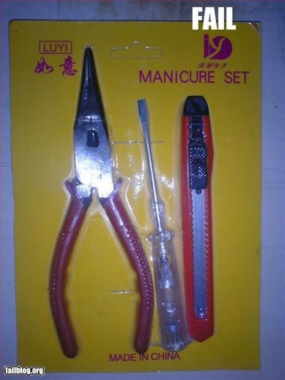 Empaque de herramientas que dice ser un set de manicure