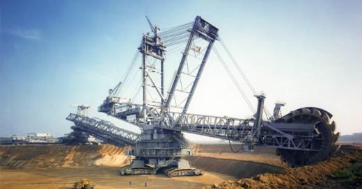 Una de las escarbadoras mas grandes del mundo, no crees que se parece a un autobot?