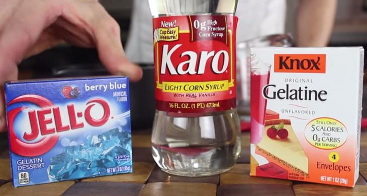 Ingredientes necesarios para crear gomas comestibles LEGO