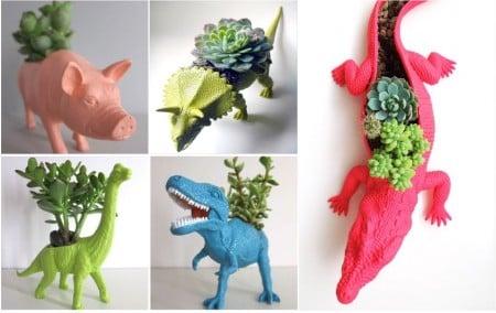 Mini jardín dentro de animales de plástico