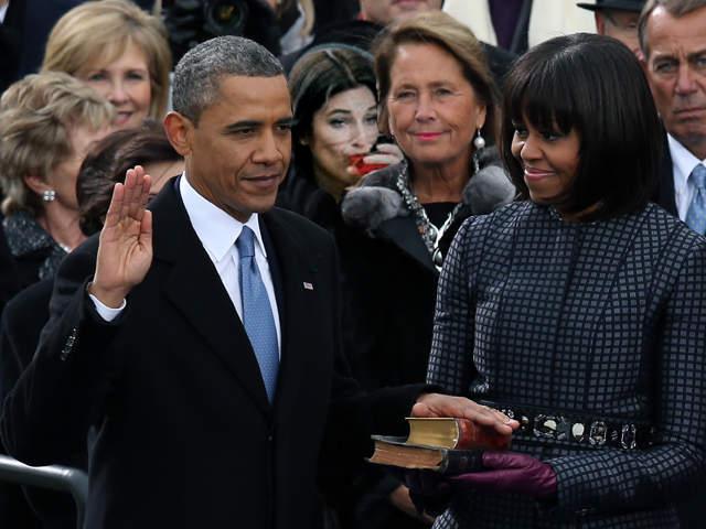 Photoshop de una chica durante el juramento de Barack Obama