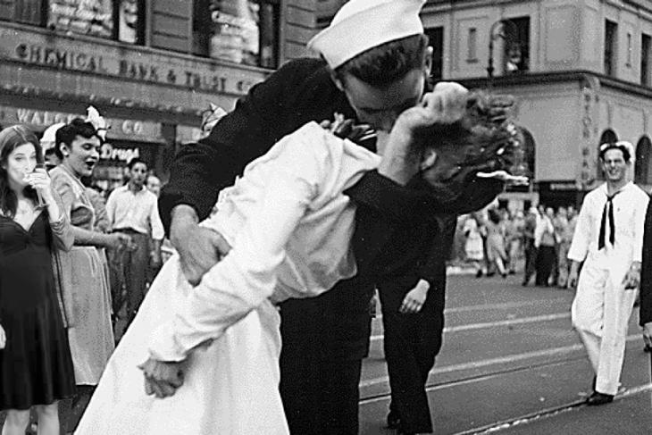 Escena del beso de Times Square