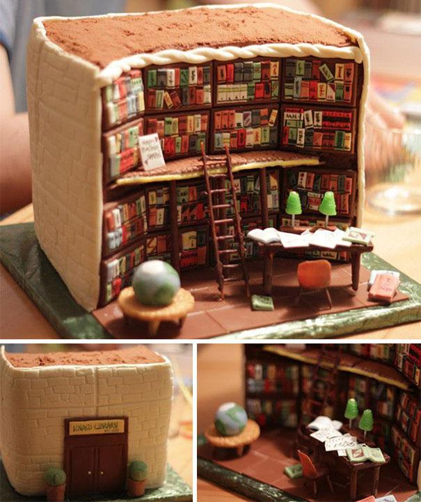 Pastel creativo en forma de biblioteca