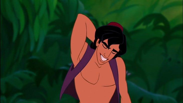 Aladdin sin barba rascándose la cabeza