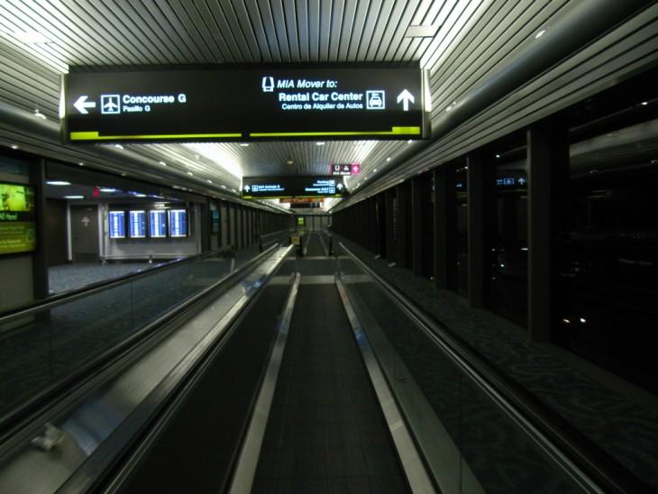 Cintas transportadoras en un aeropuerto