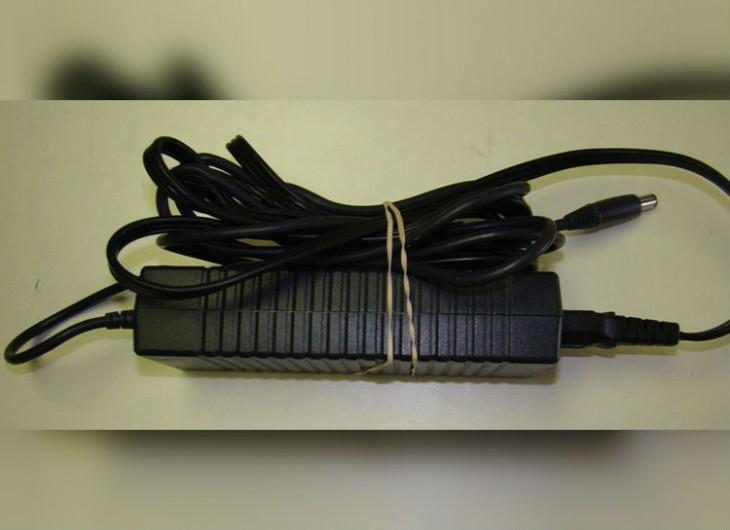 Banda de goma para sujetar y doblar cables largos