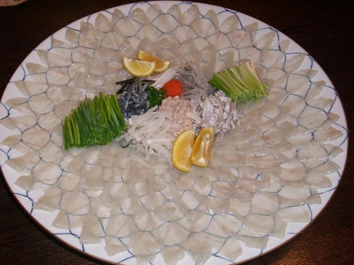 comida japonesa pez globo o fugu