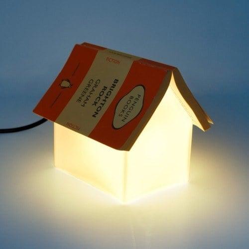 lampara en forma de libro