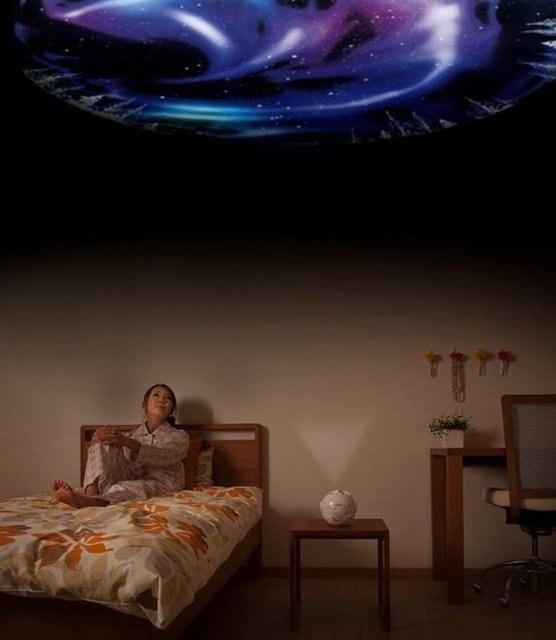 wallpepar de techo con una galaxia
