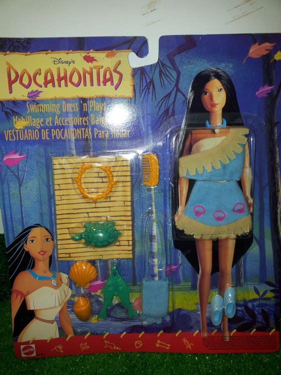 muñeca pocahontas con accesorios