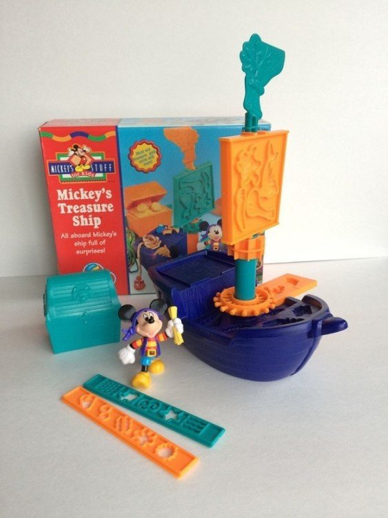 Barco Pirata de Mickey Mouse