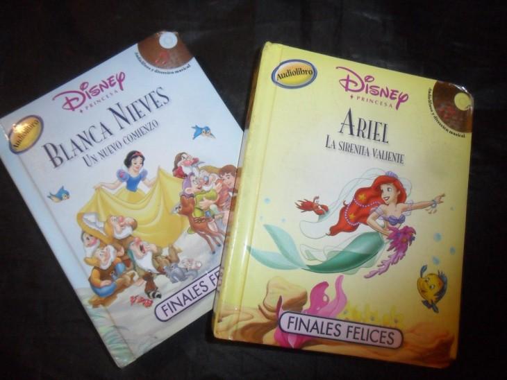 Libro de cuentos y caja musical de La sirenita: $500.90