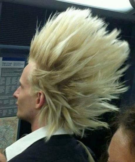 hombre de cabello como goku super sayayin