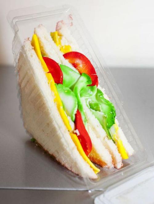 pastel en forma de sandwich