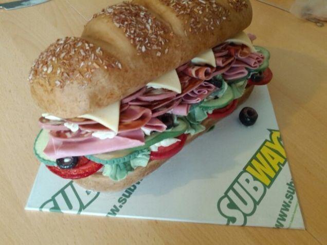 pastel en forma de subway