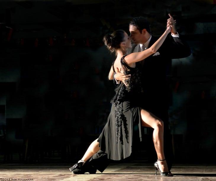 Tango, baile y género musical originario de Argentina