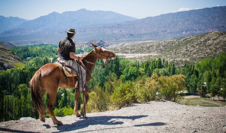 Cabalgatas en Potrerillos, Provincia de Mendoza, Argentina