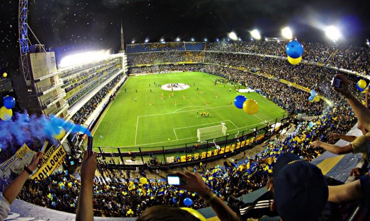 La Bombonera del Club Atlético Boca Juniors en el Estadio Alberto J. Armando, Buenos Aires, Argentina