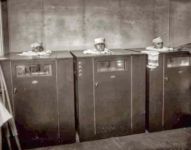 Fisioterapia con vapor.1940