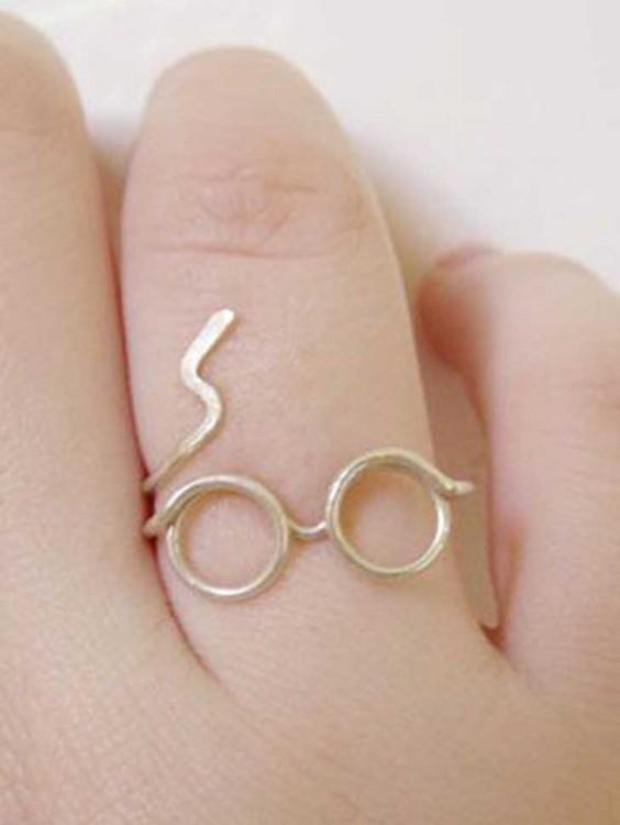 Anillo con la forma de los lentes de Harry Potter