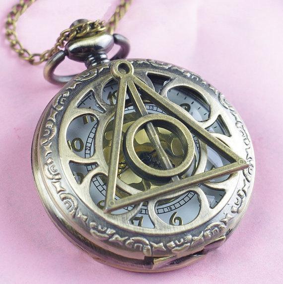 Reloj de bolsillo de las reliquias de la muerte