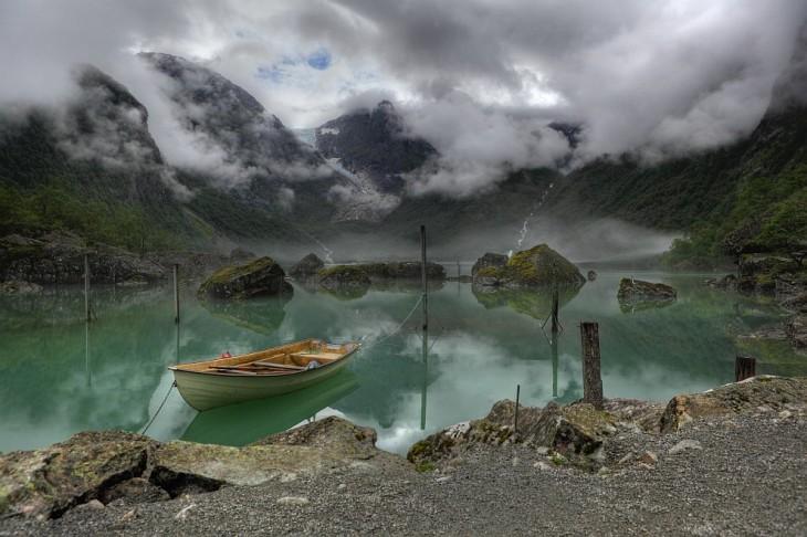 Lago Bondhus, Noruega