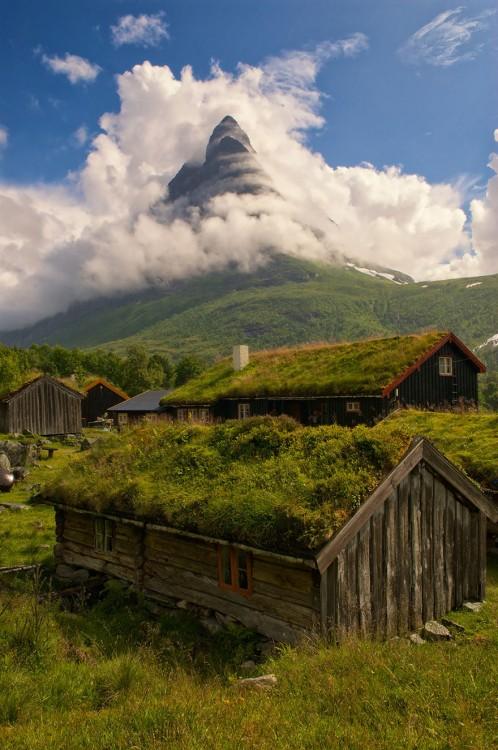 Renndølsetra, Noruega