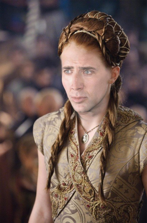 Sansa Stark con la cara de Nicolas Cage