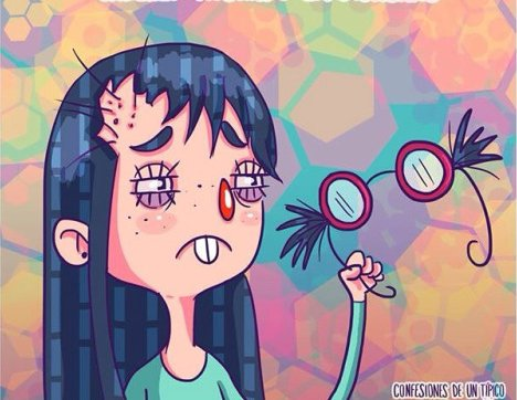 Ilustración de una muñeca con lentes en la mano con cabellos en la bisagra