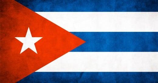 Cuba es ese país soso, aburrido y antiguo que jamás deberías visitar. Sus calles te trasladan a épocas feas y sin valor. No cabe duda que este es un país en el que definitivamente no deberías pensar para tus próximas vacaciones.