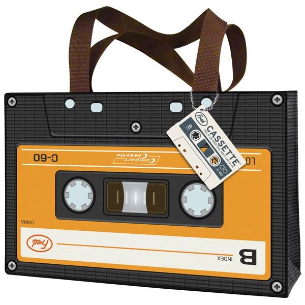 Bolsa con el diseño de un cassette