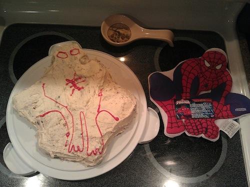 intento de un pastel del hombre araña
