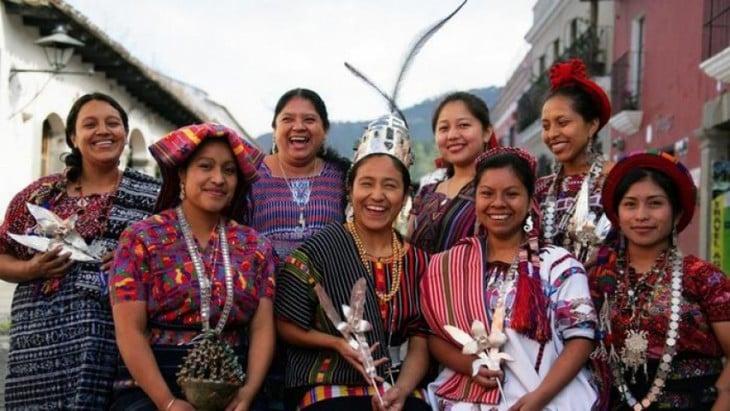 INDIGENAS DE GUATEMALA