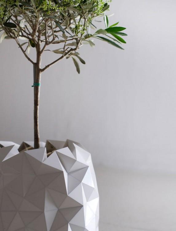Planta dentro de una maceta de origami