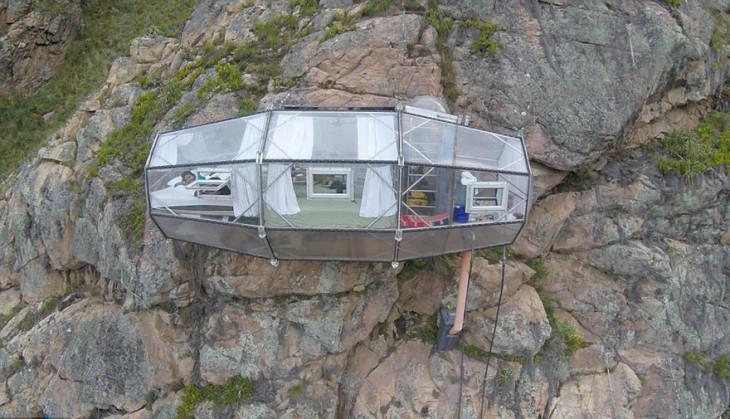 habitación en un acantilado en Perú