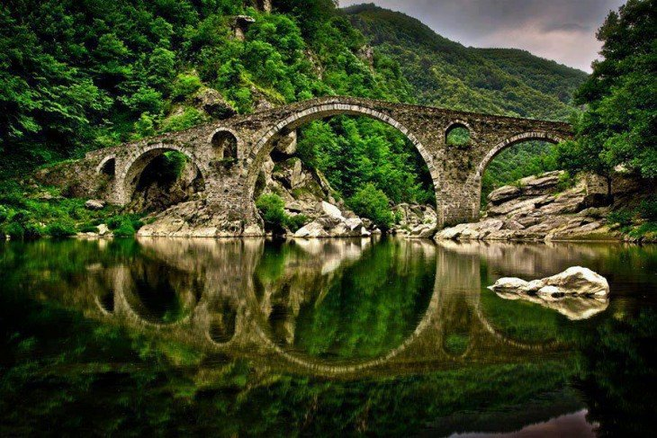 Puente del Diablo, montaña Rhodopi, Bulgaria