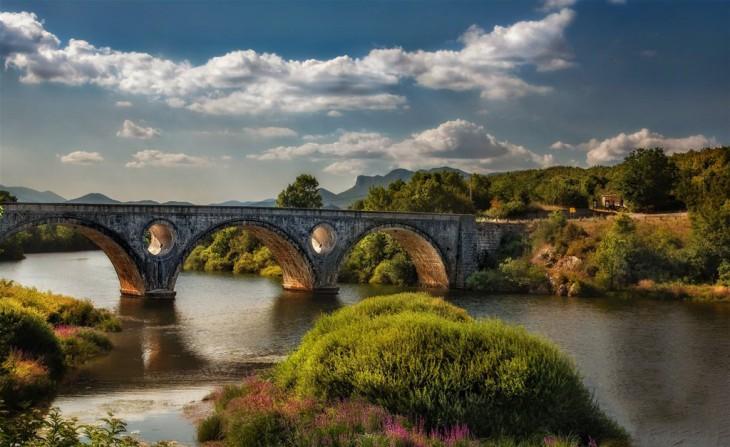 Puente Kosinj, Región de Lika-Senj, Croacia